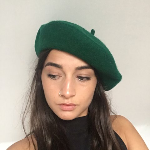 7c5115d071ab2 Vintage unisex emerald green Beret. Fab for winter. ONE as - Depop
