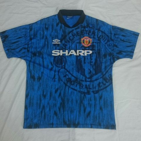 693fe62bcbe Classic retro Manchester United shirt 1992 93 alternative to - Depop