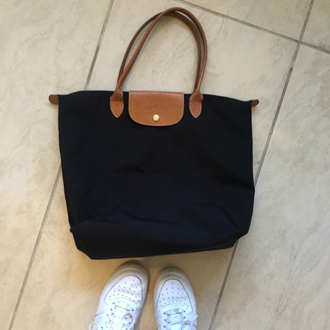 LONGCHAMP 100% authentic!!! Bag! Perfect for school and day - Depop ed75ce5acc3d0