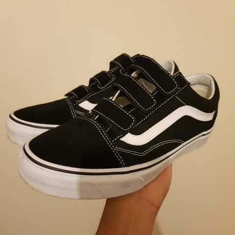 VANS OLD SKOOL VELCRO / UK 5 EU 38 / WORN TWICE - 9... - Depop