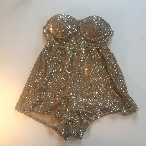 ed47d5554854 GOLD SPARKLY JUMPSUIT  PARTY WEAR  WORN ONCE MISO SIZE 10 - Depop