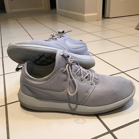 ac3636169f5f Nike Roshe Two barely worn owned for a month. Wolf Grey on - Depop