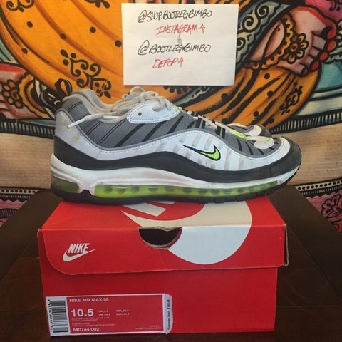 e77e7a7deb52 Nike Air Max 98 Volt size 10.5. Shoes are worn with signs of - Depop