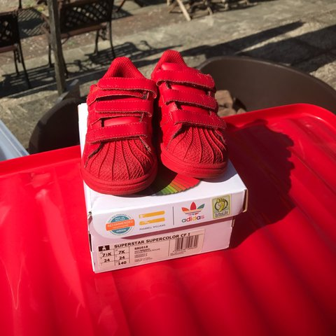 2903aafb0 Limited Edition Pharrell Williams Adidas Superstar Red with - Depop