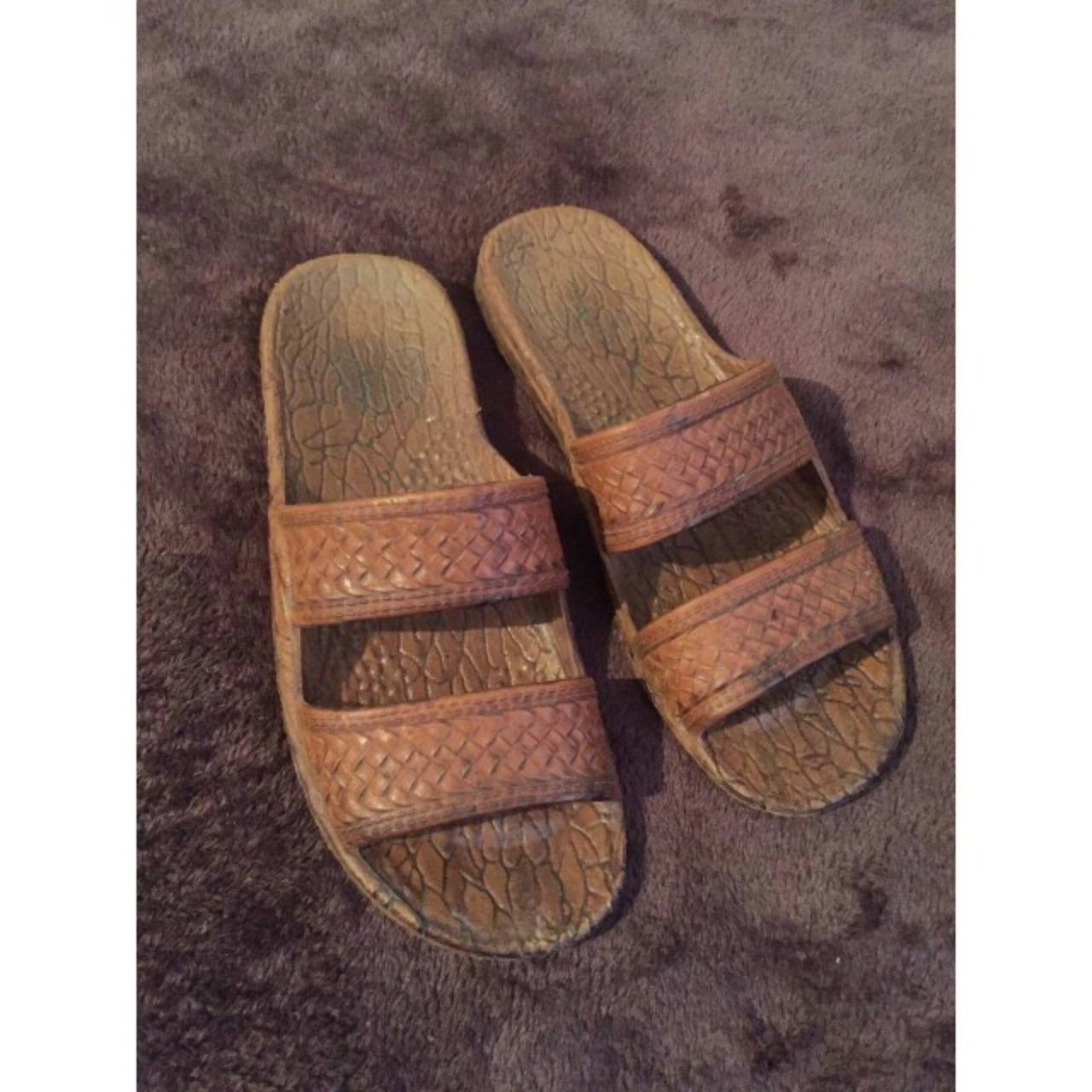 Pali Hawaii sandals. Size 7 but can fit up to an 8. Selling - Depop 89f22a81e
