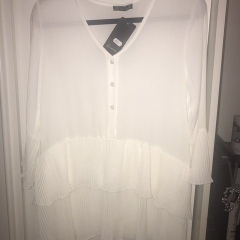 47583416cc3 Similar to white Zara frill dress! Bought for £35 Bought and - Depop