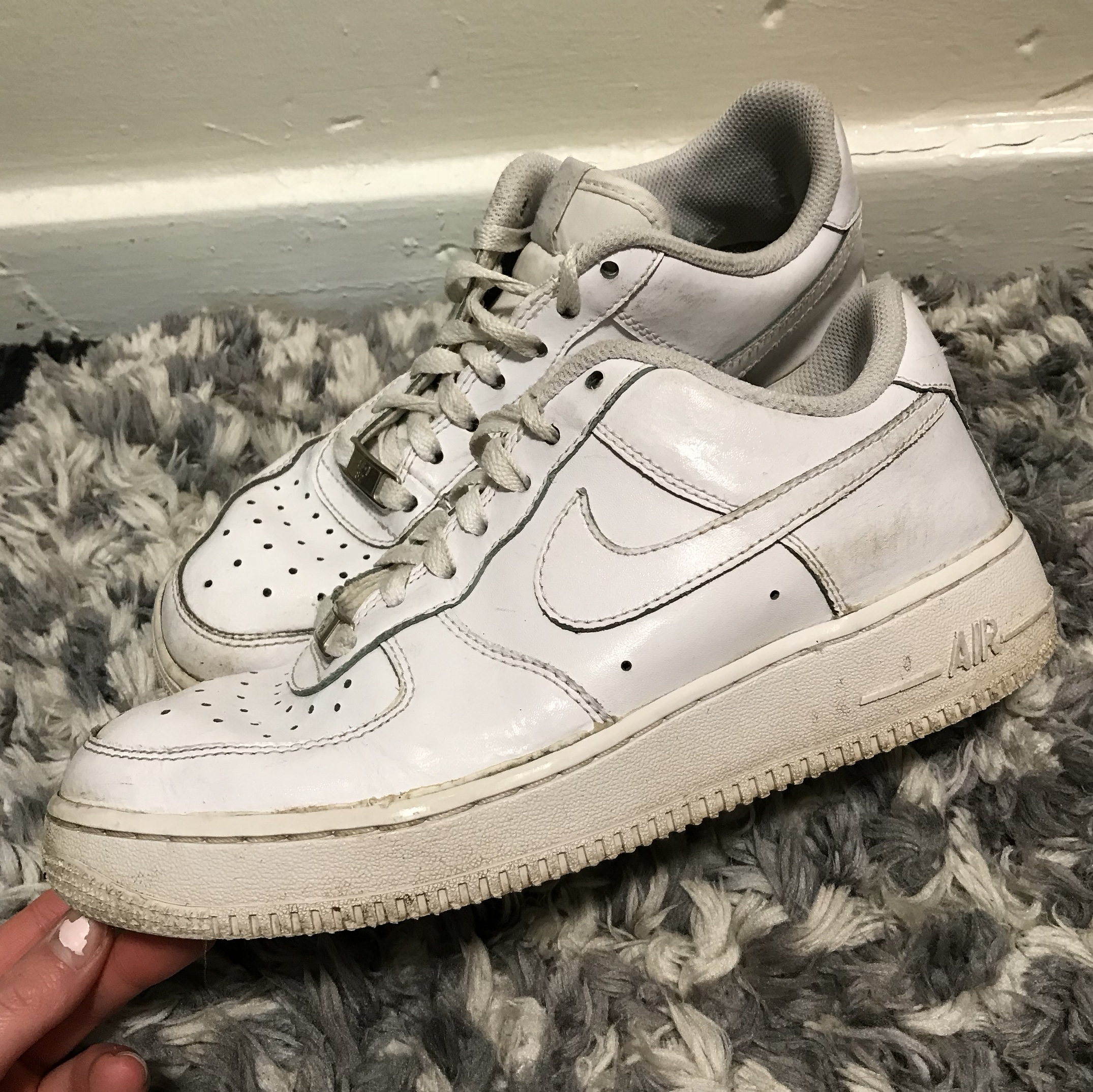 White Nike Air Force 1 (well worn) Size 5.5 £30 Depop