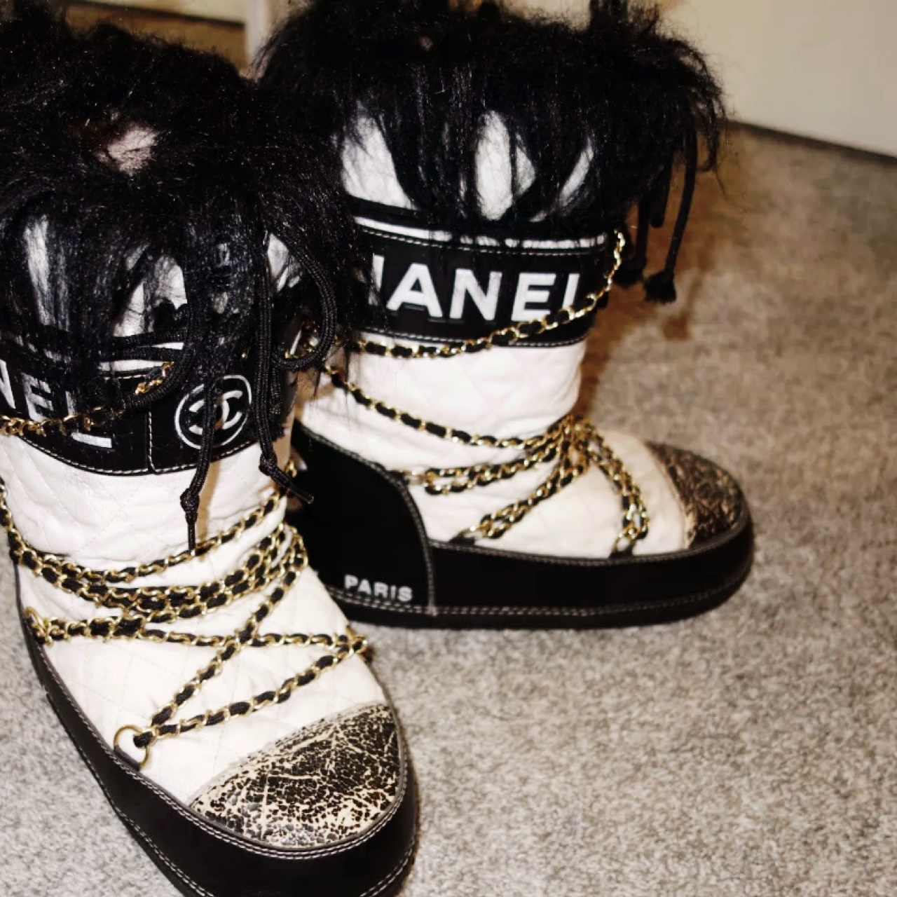 outlet store f3e76 8371f Authentic Chanel moon boots size 38-40.#chanel... - Depop