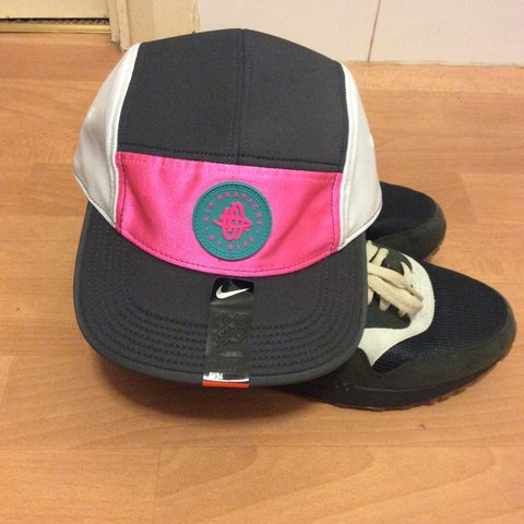 d90702e1b0580 Nike Air Huarache 6 Panel Hat - Brand New With Tags - TAKING - Depop