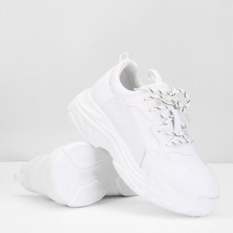 0e1661efd women's white chunky sneakers/trainers in perfect condition - Depop
