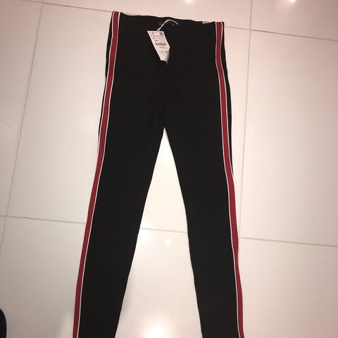 e6144301 Ladies black and red Zara trousers Size small Brand new - Depop