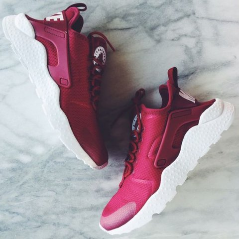 wholesale dealer 421ae c3f69  rafiaaa x. last year. Edinburgh, United Kingdom. Woman s Nike Air Huarache  Ultra in Burgundy Worn but ...