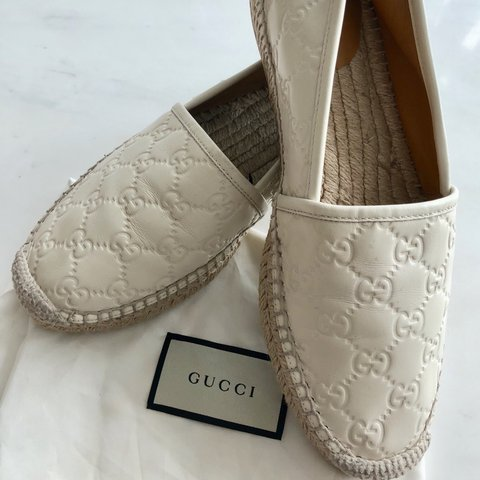 a18d9cdc6b5 GUCCI LEATHER ESPADRILLE SIZE  UK 6 CONDITION  9 10 WITH - Depop