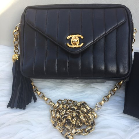 b30106f98999 @oyeinvic. 2 years ago. Orpington BR5 2FF, UK. Chanel vintage vertical camera  bag with bijoux gold ...