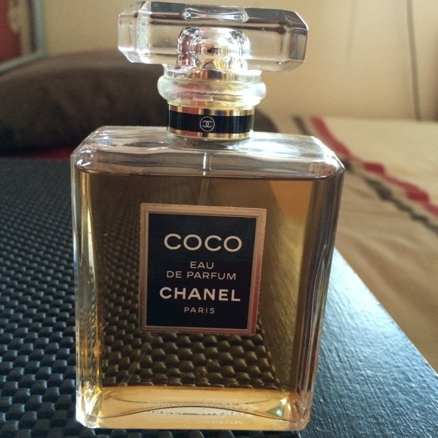 coco chanel perfume original images. Black Bedroom Furniture Sets. Home Design Ideas