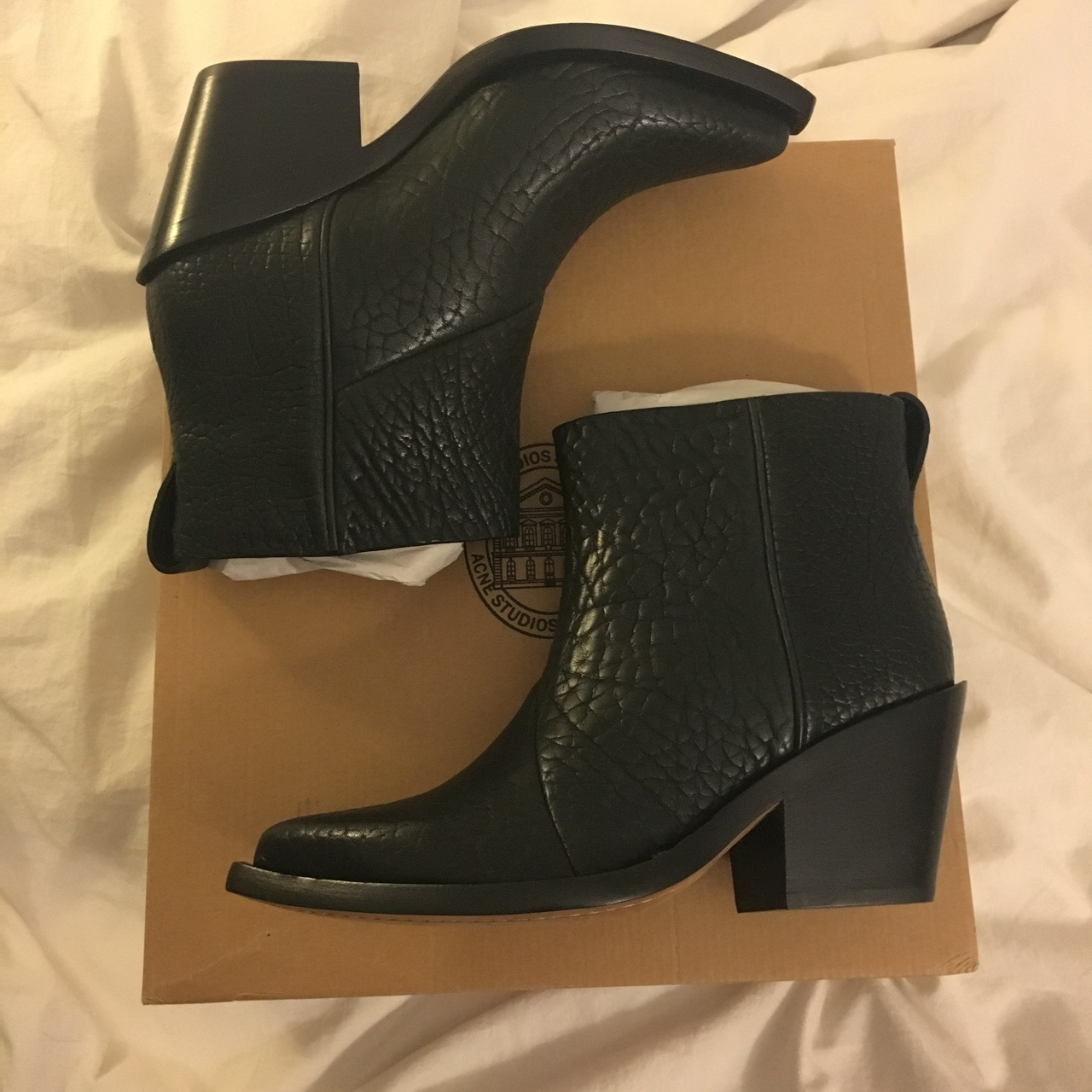 newest 89808 b4fae Brand new Acne Studios Donna boots in a size 39 with ...