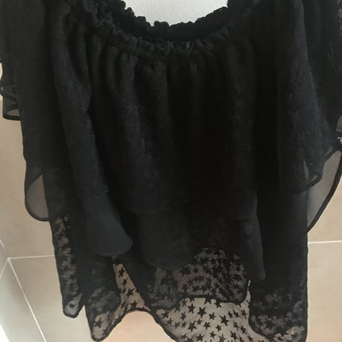 b239bbfe157473 Zara off the shoulder top with stars and tulle Size medium - Depop