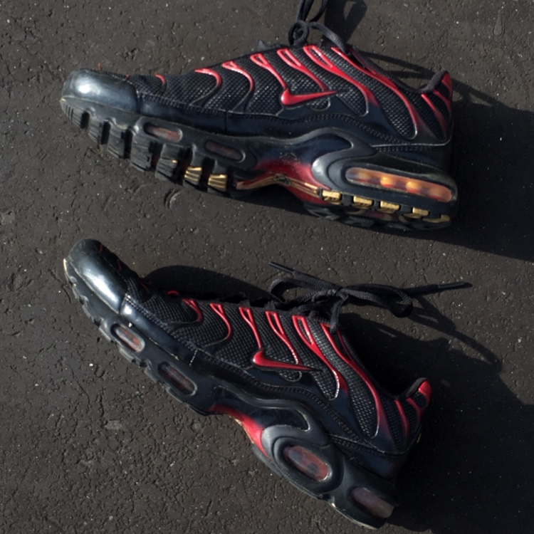 Nike Tuned 1 Black Red from March 2017
