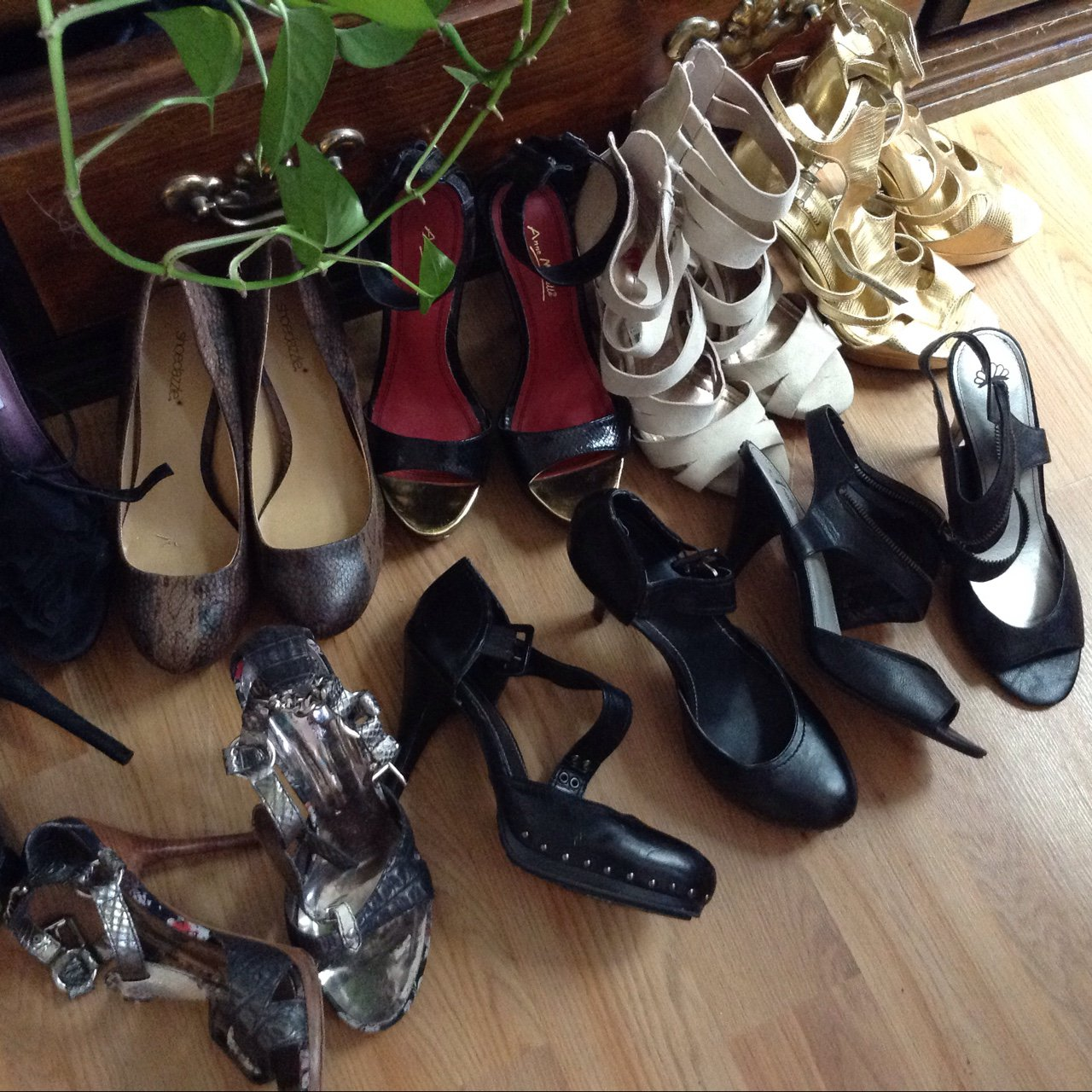 fe9a50cbd Lot of nice high heels. 8 pairs  1) Anne Michele