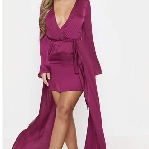 45f4ba919c6 Gorgeous berry colour dress from pretty little things