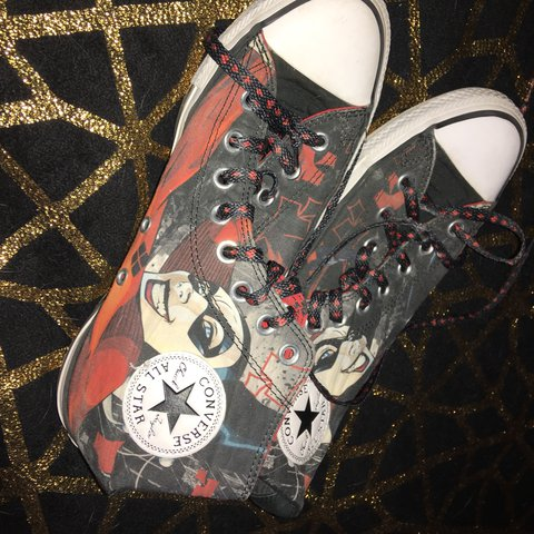 a595c88cd863b3 Harley Quinn limited edition converse from journeys! Size 7