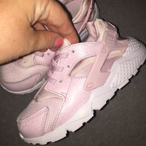 9bc41e087c767 Baby NIKE Huaraches Pink Size 5 toddler - Depop