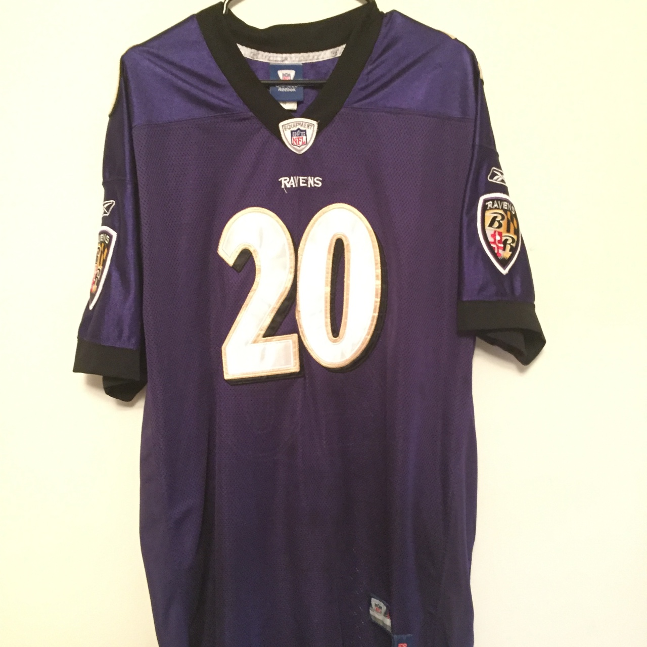 free shipping cb4f3 bc623 Authentic Ed Reed Baltimore Ravens jersey. Size 54... - Depop