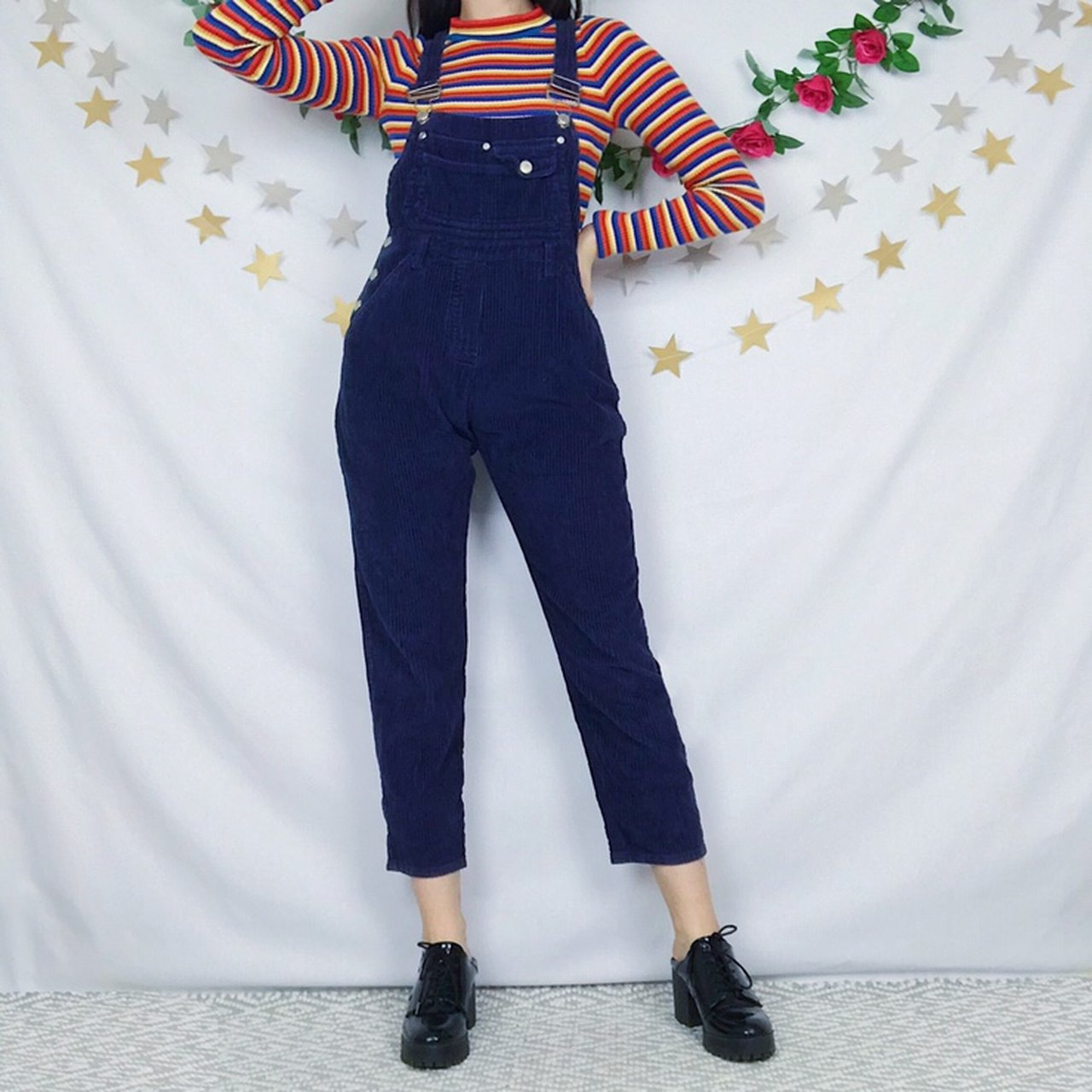 000dd762cdf 🦋 NEW IN 🦋 Adorable vintage navy blue jumbo corduroy with - Depop