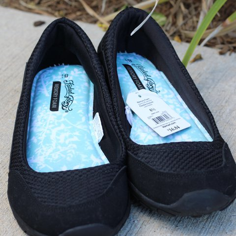 5a563b2fa5e Faded Glory black slip on memory foam shoes from new with to - Depop
