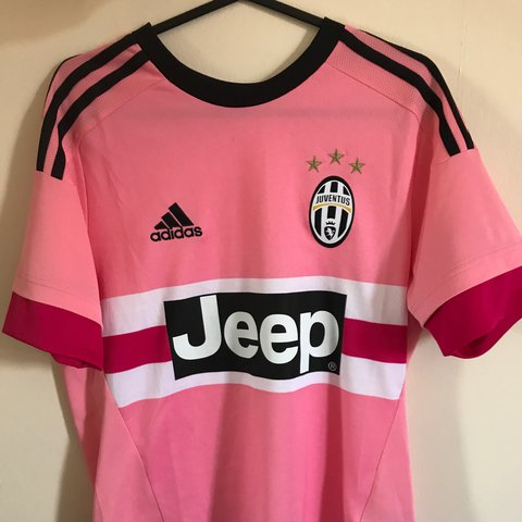 big sale a8ba2 eaffa Juventus Pink Jersey/Shirt Mint Condition S/M women... - Depop