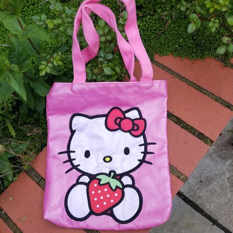 72f6fe827 Mini hello kitty tote bag Will fit a5 💖Free postage on and - Depop