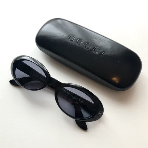 b68082cffbbbc Authentic Vintage Gucci GG 2413 N S 807 Oval Sunglasses. a - Depop