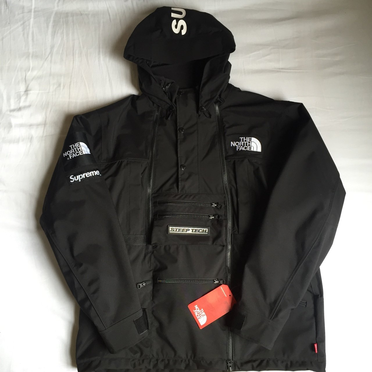 Louiem91 3 Years Ago London Uk Supreme X Tnf The North Face Steep Tech