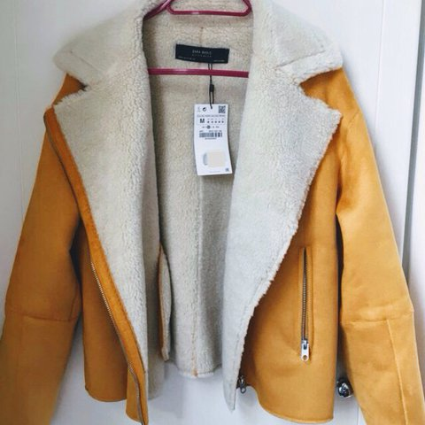 2aa73c3b @jennykate. last year. United Kingdom. Zara brand new with tags mustard  suede borg jacket