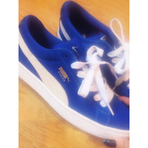 4a46cb3f1ad41c puma suede trainers size 5.5 (would also fit a 6)🔹 worn a a - Depop