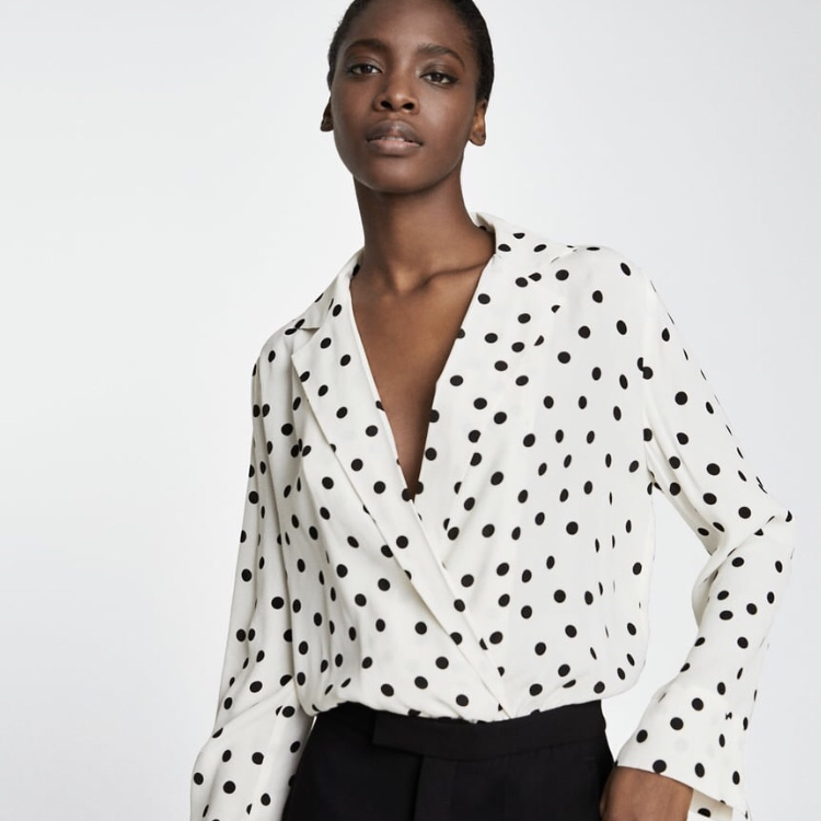 a17719b282 Gorgeous ZARA worn once white polka dot crepe v neck... - Depop