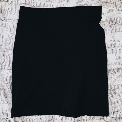 4fb335f5449c @addyxisabel. last year. Portland, United States. Forever 21 Short Black Pencil  Skirt ...