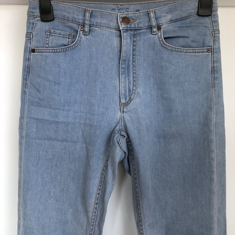 8e11ce673c1d @im7today. last year. London, United Kingdom. COS slim fit jeans size 29