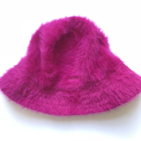52db25ce1fdb8 KANGOL pink fluffy bucket hat. Perfect condition