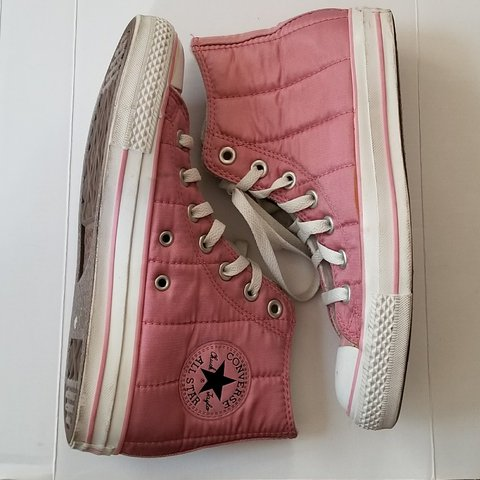 d0a567d0ccf Pink Satin Style Quilted Converse Hightops Never worn are - Depop
