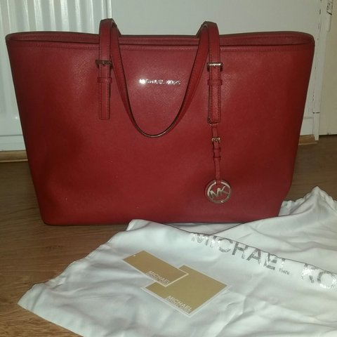 595b720ade20 @hannahlovellx. 3 years ago. London, United Kingdom. BRAND NEW red Michael  Kors ...