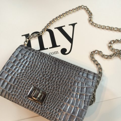 62d8326814b4c Silver crocodile cross body bag, read previous bag for full - Depop