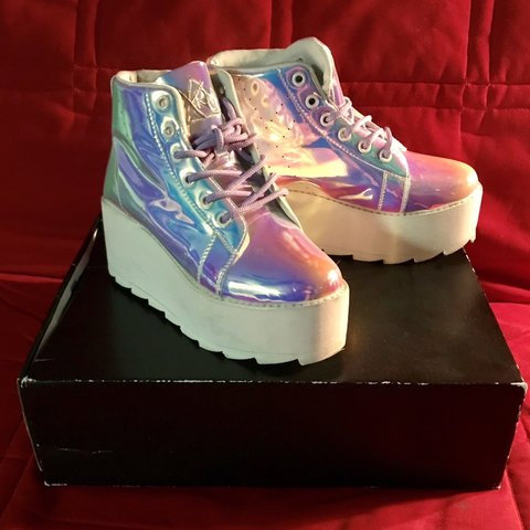 9e34baa4dd5f ON HOLD YRU LALA HI ATLANTIS PLATFORM SNEAKERS Size 3 of - Depop