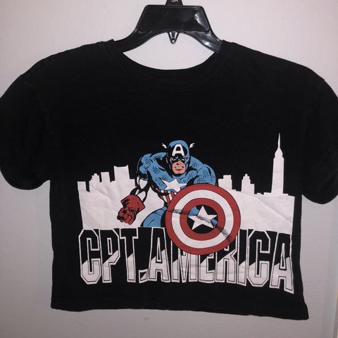 29d069fe93ccf8 Captain America Crop Top Barely used and looks brand new - Depop