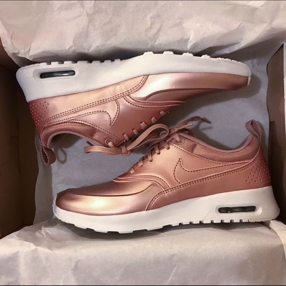 nike air max thea in rose gold | Airfrov