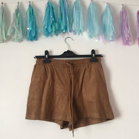 1b49ffba3d H&M faux suede brown shorts with drawstring adjustable waist - Depop