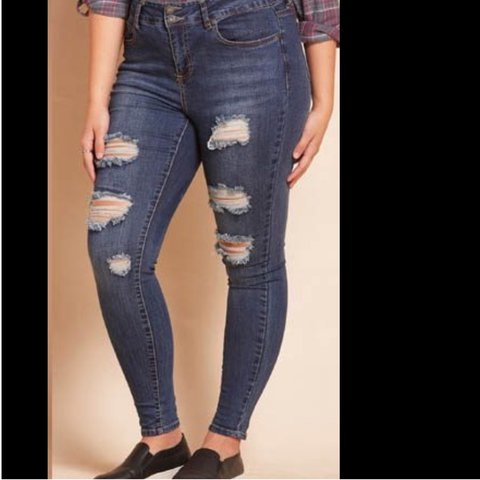 32203e9b9c1 LOVESICK- Limited Edition Plus Size Ripped Jeans - High Size - Depop