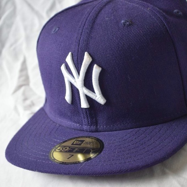 c8b93328d51 New Era MLB New York Yankees 59FIFTY Fitted Cap in purple.   - Depop