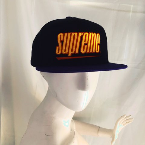 bc4c0020 @playnice. 2 months ago. Los Angeles, United States. AUTHENTIC SUPREME  SNAPBACK HAT Sporty color way black ...