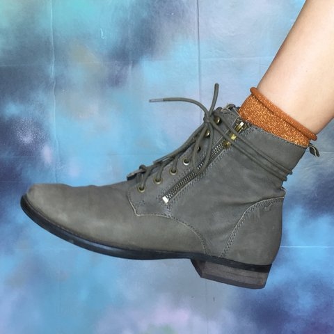 0c87a0a50bbac Olive green real leather Sam Edelman ankle boots. In good is - Depop